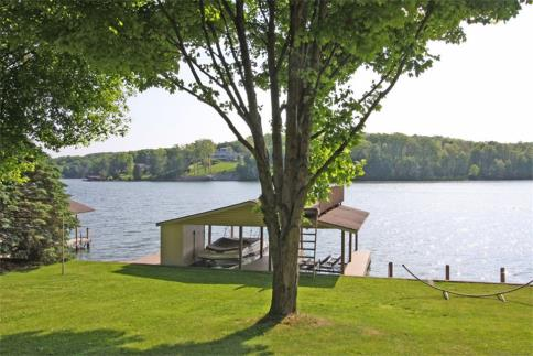 Lot 213 Lakeview Heights Drive Subdivision Howard Ohio 43028 at The Apple Valley Lake