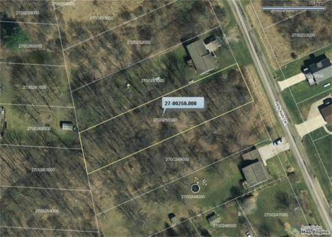 Lot 250 Country Club Subdivision Howard Ohio 43028 at The Apple Valley Lake