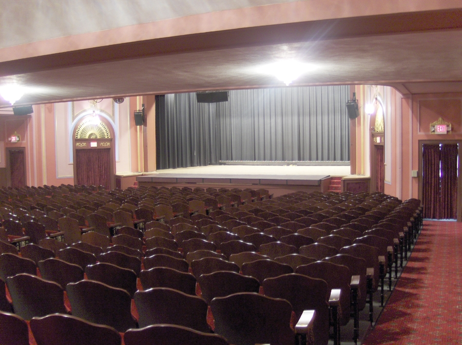365 Things To Do in Knox County Ohio Memorial Theatre