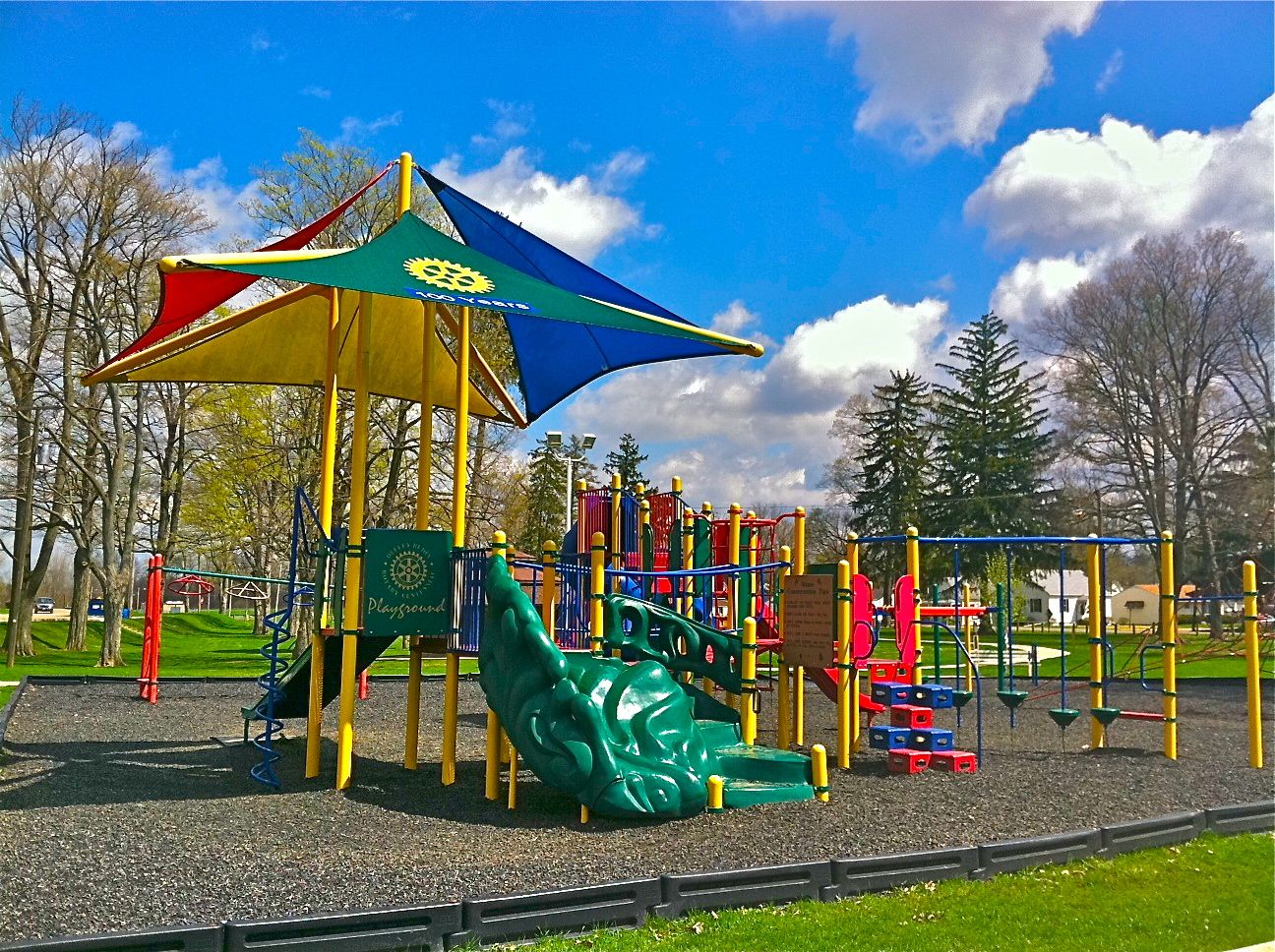 Mount Vernon Ohio Riverside Playground Photo by Sam Miller